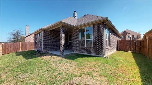 7105 Chelsea Dr, North Richland Hills, TX 76180