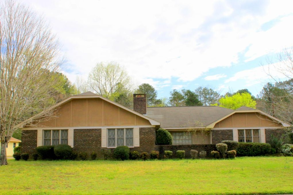 910 tuckaho dr columbus ms 39702 home for real