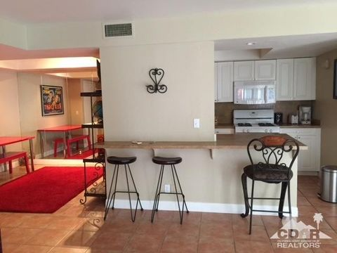 1550 S Camino Real Apt 117, Palm Springs, CA 92264