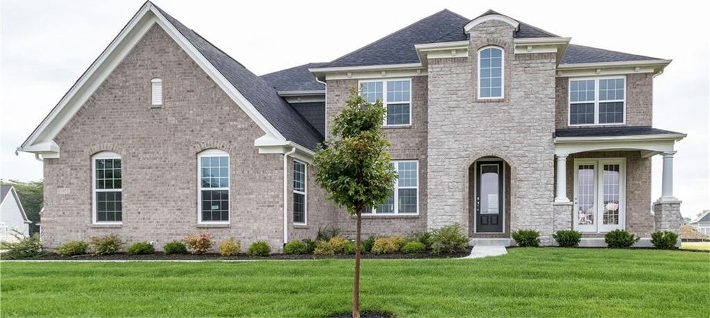 10953 Edgewood Dr, Fishers, IN 46040