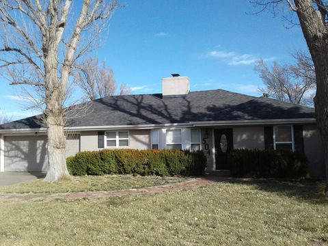 Photo of 504 7th St N, Vega, TX 79092