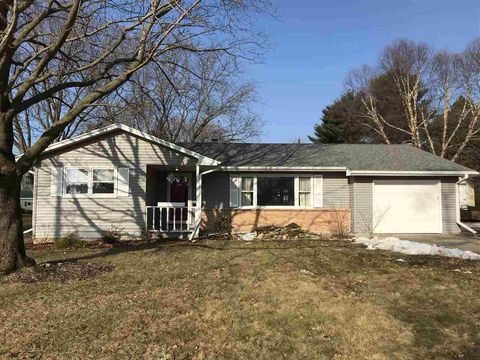 Photo of 1040 Eastman St, Platteville, WI 53818