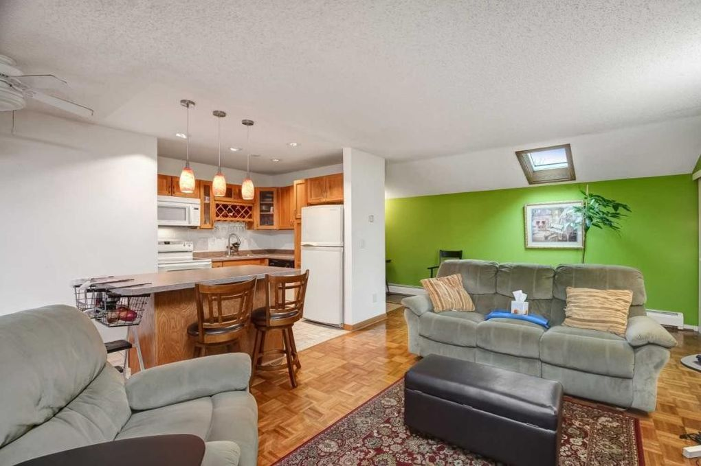 8222 Fremont Ave S Apt F, Bloomington, MN 55420