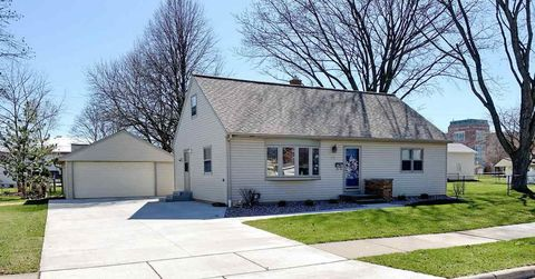 Photo of 1137 Thorndale St, Green Bay, WI 54304