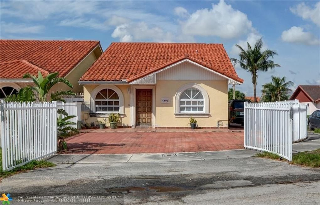 5790 W 20th Ct, Hialeah, FL 33016