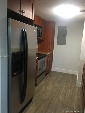 36 Nw 6th Ave Apt 909, Miami, FL 33128