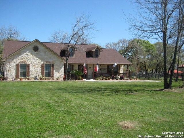 173 Legacy Ranch Dr, La Vernia, TX 78121