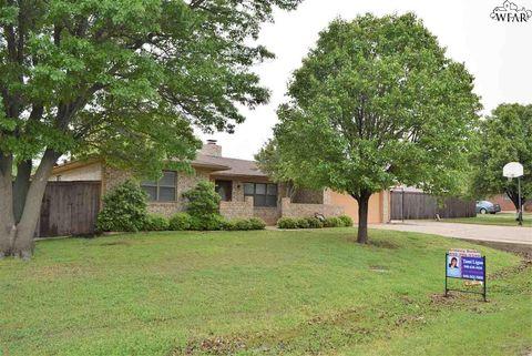 601 Royal Rd, Lakeside City, TX 76308