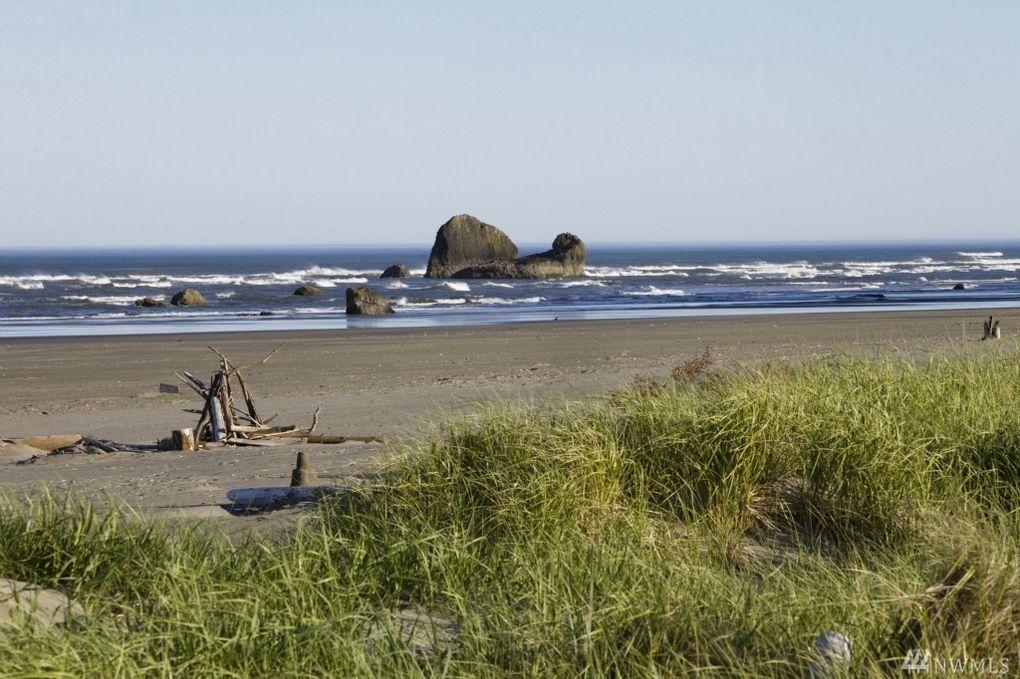 27 Copalis Rock Ln S Beach Wa 98535