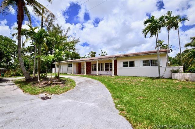 14600 S Spur Dr, Miami, FL 33161