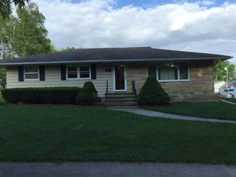 212 East St, Peterson, IA 51047