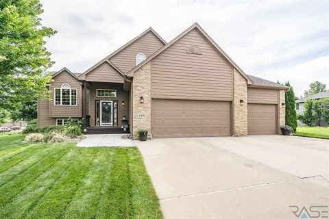 Photo of 6300 S Mustang Ave, Sioux Falls, SD 57108