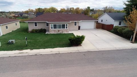 395 Brook St, Ranchester, WY 82839