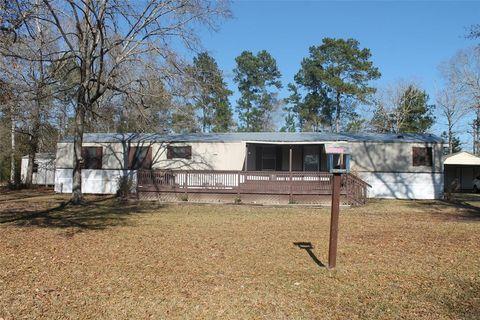 158 Cedar Valley Rd, Livingston, TX 77351