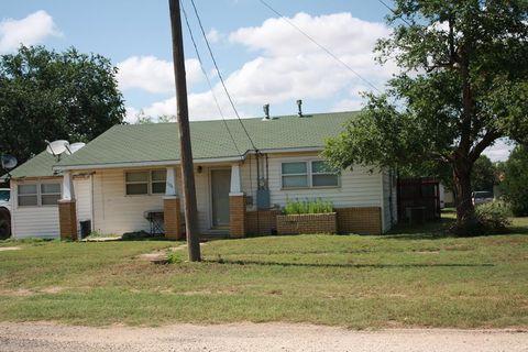 Photo of 506 W Colorado St, Loraine, TX 79532