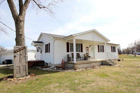 410 N Elm St, Patoka, IL 62875