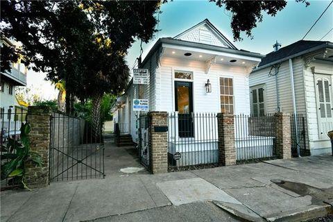 623 Bartholomew St New Orleans La 70117
