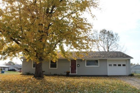 325 Holiday Dr St, Attica, IN 47918