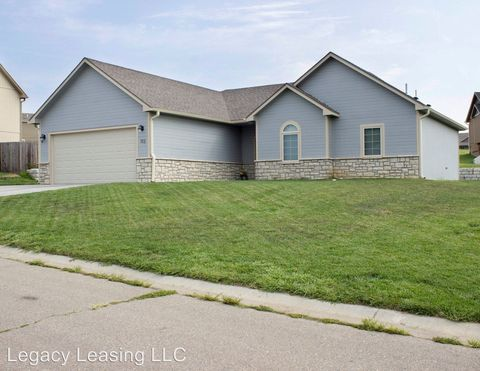 Photo of 112 Prairie Meadow Rd, Saint George, KS 66535