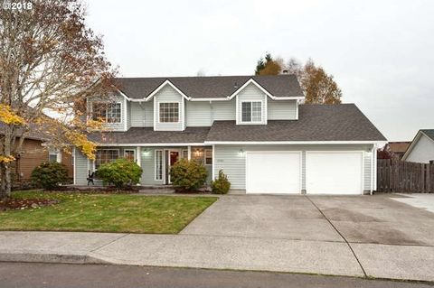 Photo of 10505 Nw 14th Ct, Vancouver, WA 98685