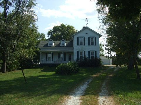 819 W Seminary, Onarga, IL 60955