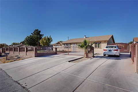 4325 San Mateo St  North Las Vegas  NV 89032. North Las Vegas  NV 5 Bedroom Homes for Sale   realtor com