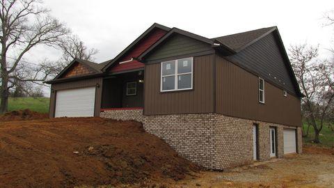 Photo of 696 Coile Rd, Jefferson City, TN 37760
