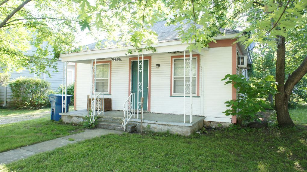310 S Cowgill St, Carl Junction, MO 64834