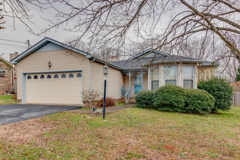 1639 Lillian Ct, Columbia, TN 38401