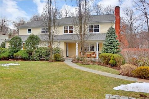 10 Shady Brook Ln, Greenwich, CT 06870