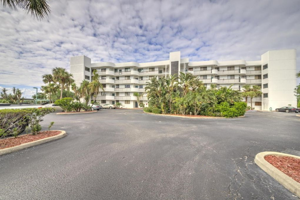 300 Columbia Dr Unit 102-2, Cape Canaveral, FL 32920