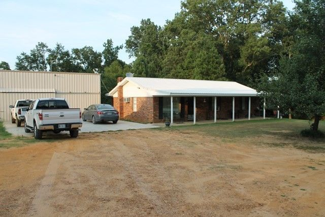 983 County Road 80, Coffeeville, MS 38922