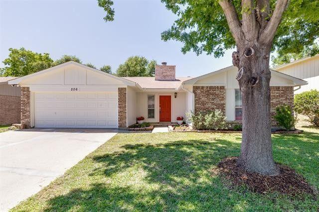 206 Nettletree St Arlington, TX 76018