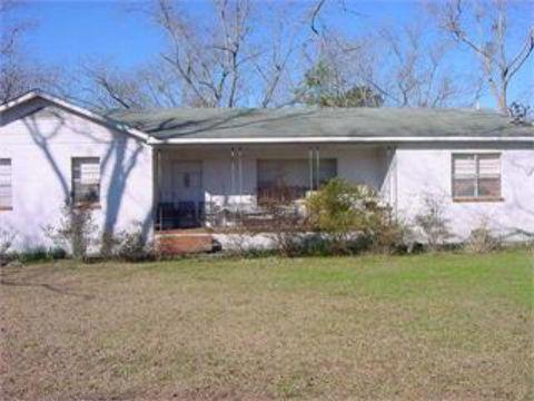 130 Rhodes St, Smithville, GA 31787