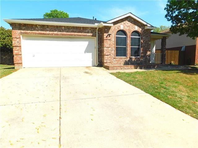 7905 Seven Oaks Ln, Denton, TX 76210