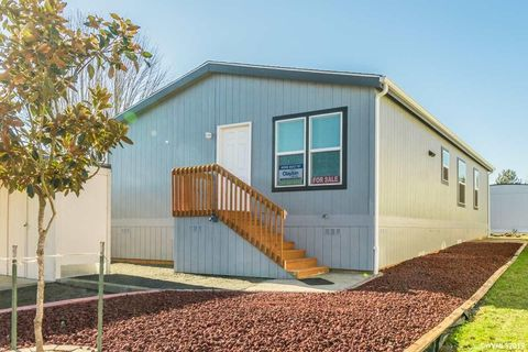Photo of 300 Se Goodnight Ave Unit 33, Corvallis, OR 97333
