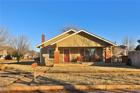 1132 19th St, Anson, TX 79501