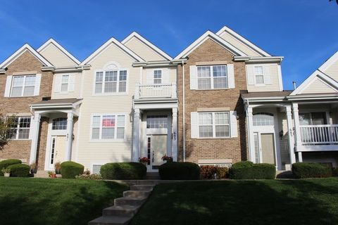 603 Lincoln Station Dr, Oswego, IL 60543