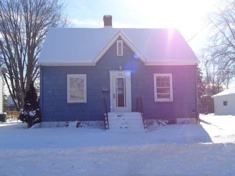 Photo of 620 Mc Kinley St, Neenah, WI 54956