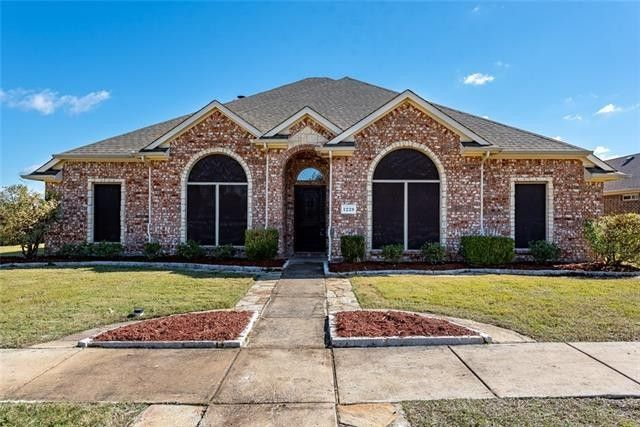 1228 Lost Valley Dr Royse City, TX 75189