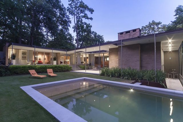 403 westminster dr houston tx 77024 for Mid century modern architects houston