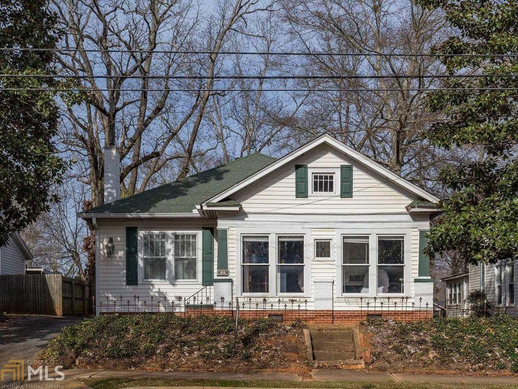 59 Clark St, Newnan, GA 30263