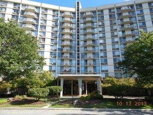 20 N Tower Rd Unit 9 D, Oak Brook, IL 60523