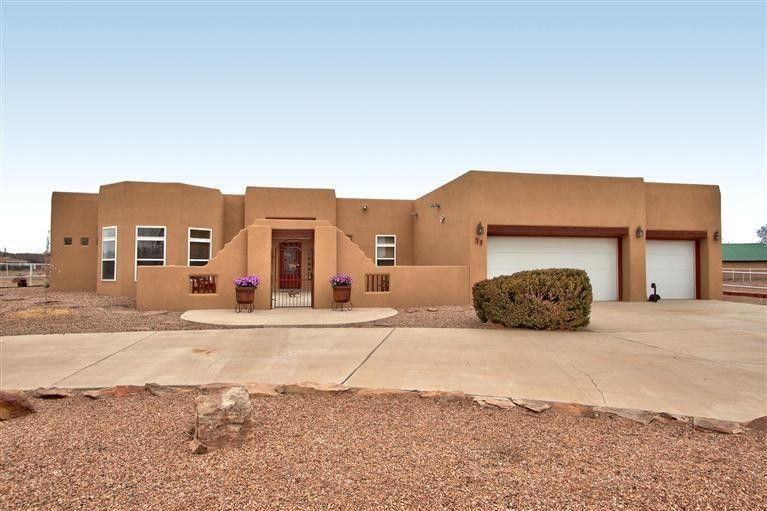 30 Valle Lindo Ct Peralta, NM 87042