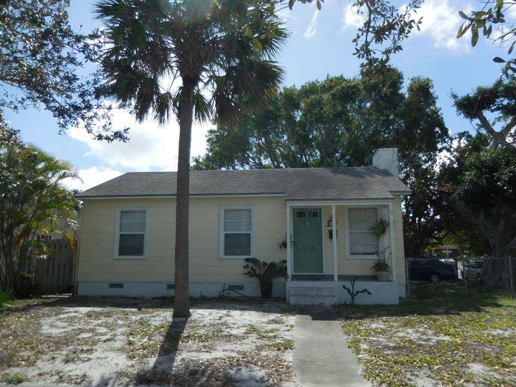 732 Mac Y St, West Palm Beach, FL 33405