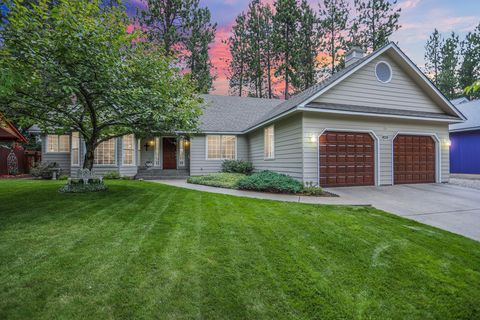 Prime Fairway Forest Coeur D Alene Id Real Estate Homes For Interior Design Ideas Clesiryabchikinfo