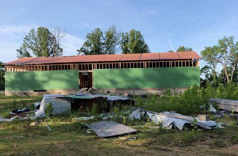 Photo of 898 Honaker Dr, Charleston, WV 25312