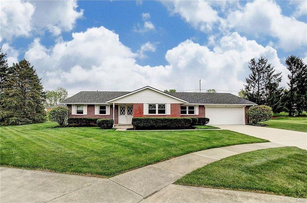 4416 Thornwood Pl, Dayton, OH 45429
