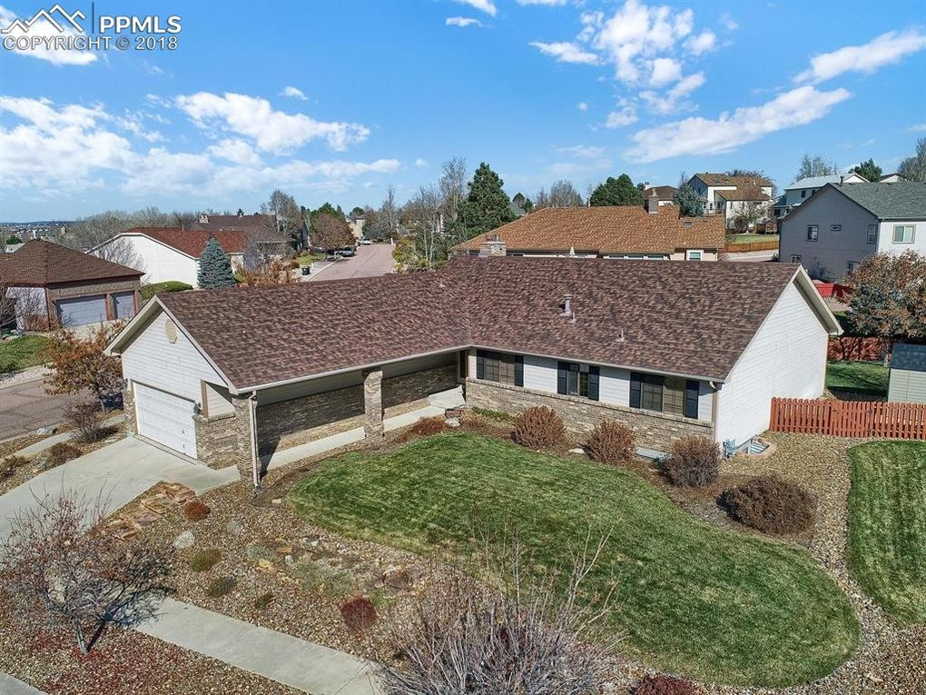 5355 Wells Fargo Dr Colorado Springs Co 80918 Realtor Com