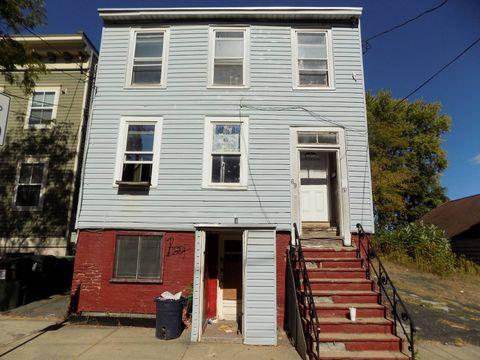 69 Second St, Albany, NY 12210